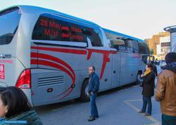"""""""Al bunu, məni də keçir"""" - <span class=""""color_red"""">Bakının yeni avtobuslarından reportaj - FOTO</span>"""