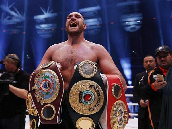 Dünya boksunun yeni, qaraçı ulduzu - VİDEO - FOTO