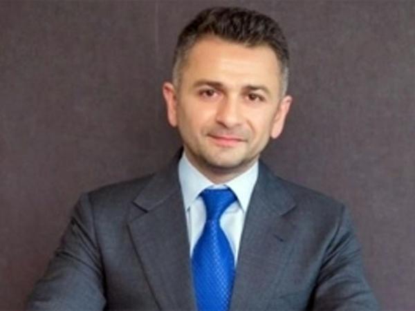 Azərbaycanlı bankir BƏƏ-də şirkət rəhbəri oldu