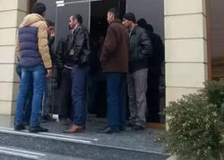 """""""Azərinşaatservis"""": maaş ala bilməyən fəhlələr yenə toplaşdı - FOTO"""