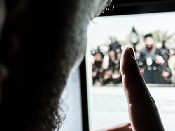 İŞİD ordunun qarşısını kəsdi