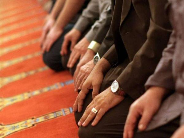 Camaat namazı necə qılınır?
