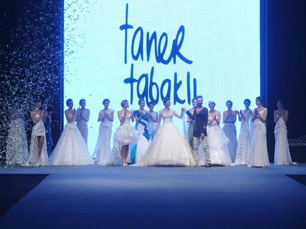 Türkiyəli aktrisadan maraqlı gəlinlik - FOTO