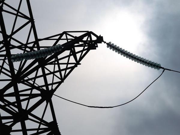 Azərbaycan Gürcüstanın üzərindən Türkiyəyə elektrik enerjisi ötürəcək