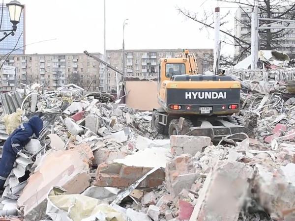 Rusiyada azərbaycanlıların obyektləri sökülür - VİDEO