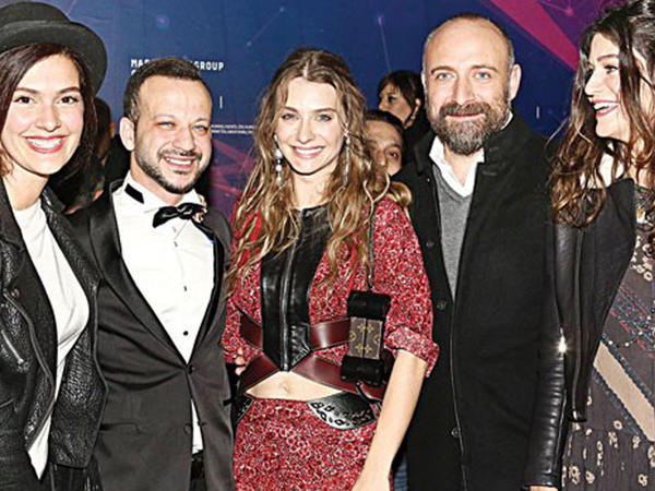 Türkiyəli məşhurlar bir arada - FOTO