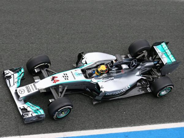 """""""Mercedes AMG"""" yeni bolidini sıfırdan hazırlayıb"""