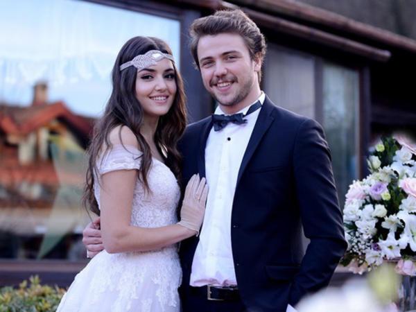 Serialda evləndilər, həyatda isə... - FOTO