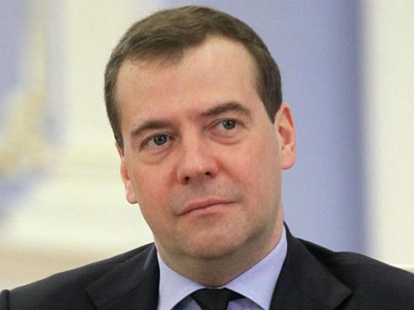 "Medvedev: ""SSRİ optimal dövlət modeli olmayıb"""