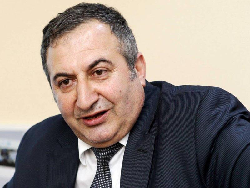 """""""Azərbaycanda nə qədər kişi var, hamısı başqa qadınla gəzir"""""""
