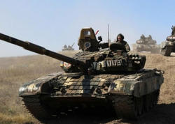 Erməni tankları Qarabağda cəmləşir, düşmən böyük döyüşə hazırlaşır - VİDEO - FOTO