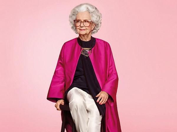 Dünyada ilk dəfə: 100 yaşlı model - VİDEO - FOTO