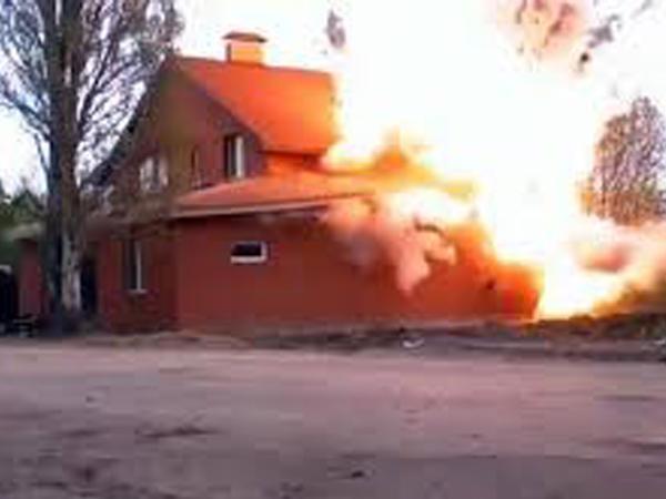 Rusiyada məscid partladıldı - VİDEO
