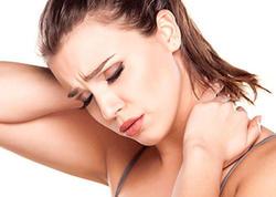 Boyun ağrılarını azaltmağın 7 YOLU