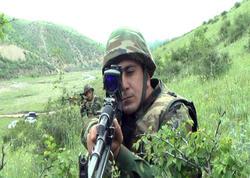 """Ordumuzun zabiti: """"Düşmən silah sursatını qoyub qaçıb"""" - FOTO"""