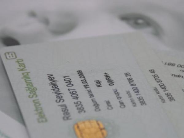 Uşaqlar sağlamlıq kartı ilə təmin olunmayıb - VİDEO