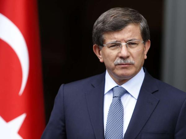 Davudoğlu Türkiyənin hakim partiyasının başçısı postuna namizədliyini irəli sürməyəcək