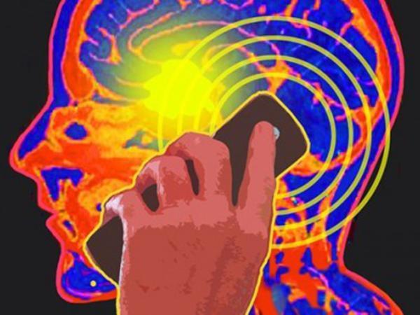 Mobil telefonlar beyin xərçənginin riskini artırırmı?