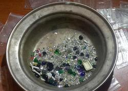 74 min manatlıq qızıl-zinət əşyaları oğurlayanlar tutulub - FOTO