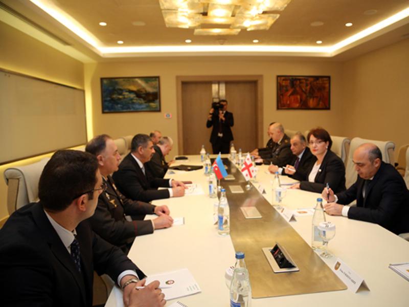 Zakir Həsənov gürcüstanlı həmkarı ilə görüşüb