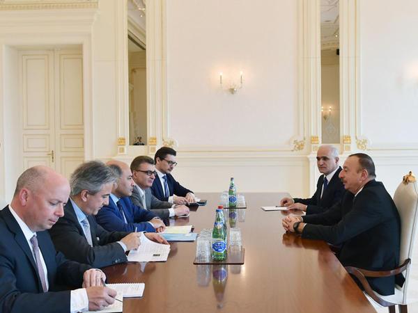 Prezident İlham Əliyev Avropa Yenidənqurma və İnkişaf Bankının prezidentini qəbul edib - FOTO