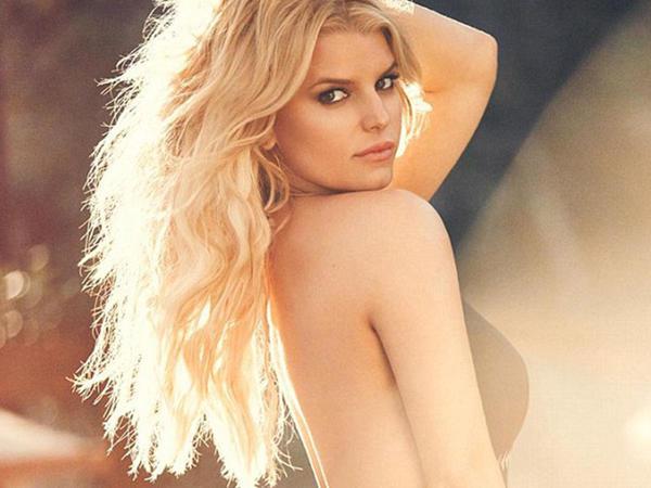 Cessikadan bikinili - FOTO