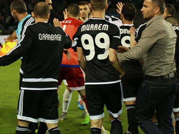 """""""Qarabağ"""" - """"Neftçi"""" oyununda qalmaqal - FOTO"""