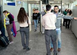 Türkiyə hava limanlarında uzun növbə yarandı