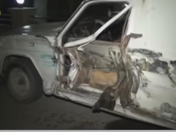 3 maşın bir-birinə girdi, 2 nəfər yaralandı - Zəncirvari qəza - VİDEO - FOTO
