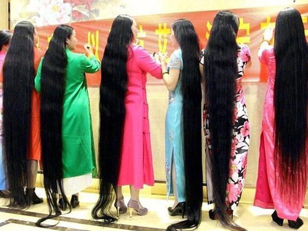 Bu qadınlar 20 ildir saçlarını kəsdirmirlər - FOTO