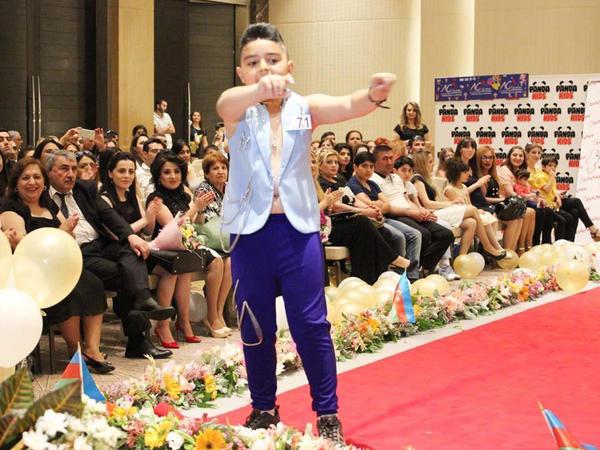 Hüseyn Dəryanın oğlu podiumda - FOTO