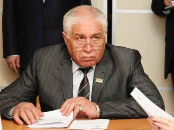 Prokuror deputat Sayadovun yaxasından əl çəkmir