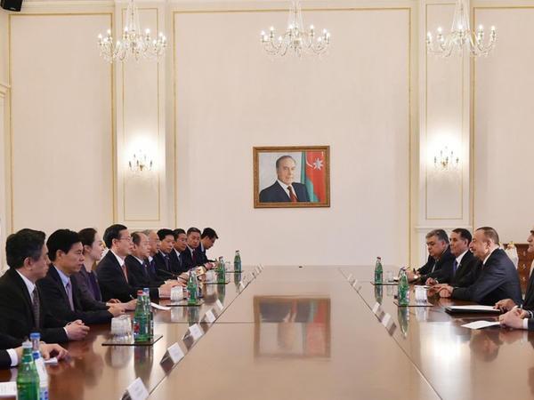 Prezident İlham Əliyev Çinin Dövlət Şurası Sədrinin birinci müavinini qəbul edib - FOTO
