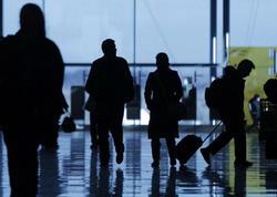 Varlı ailənin 11 yaşlı oğlunu Bakı aerportunda unutdular