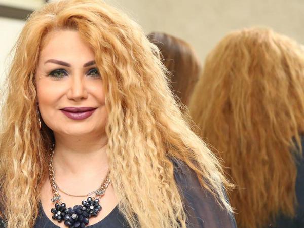 """""""Müğənni olmağımı anam istədi, mən yox"""" - Video"""