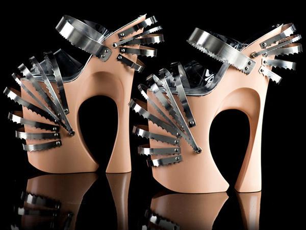 Ekstravaqant ayaqqabılar - FOTO