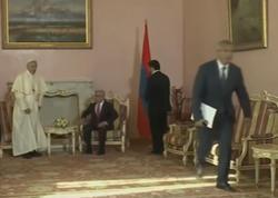 Sarkisyan Papaya hörmətsizlik etdi - VİDEO