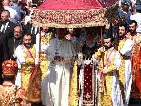 Roma Papasından Qarabağ təxribatı