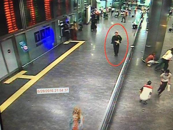 İstanbul terrorunu törədənlərin görüntüləri yayıldı - VİDEO - FOTO