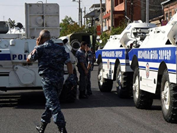 Yerevanda silahlı qrupun üzvü həbs edilib