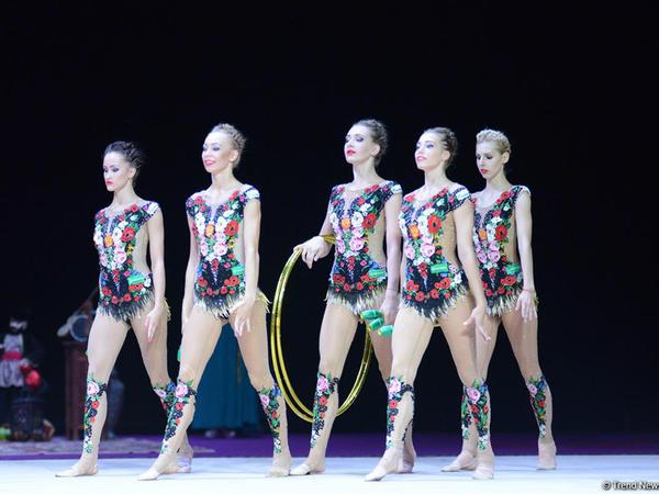 Bakıda gimnastların qrup hərəkətləri - FOTO
