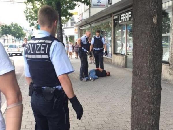 Almaniyada daha bir dəhşətli hadisə, ölən və yaralananlar var - YENİLƏNİB - FOTO