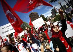 """Azərbaycanlılar ABŞ-da Ankaraya dəstək oldu: """"Güləni verin!"""" - VİDEO - FOTO"""