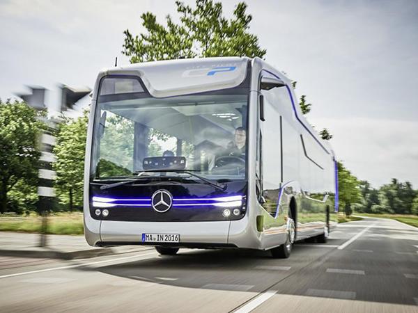 Gələcəyin avtobusu - FOTO