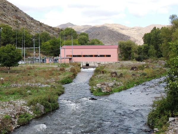 Ermənilər Laçında Su Elektrik Stansiyası tikirlər - FOTO