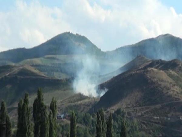 Erməni silahlıları sərhəd kəndi yandırdı: minalar partladıldı - FOTO
