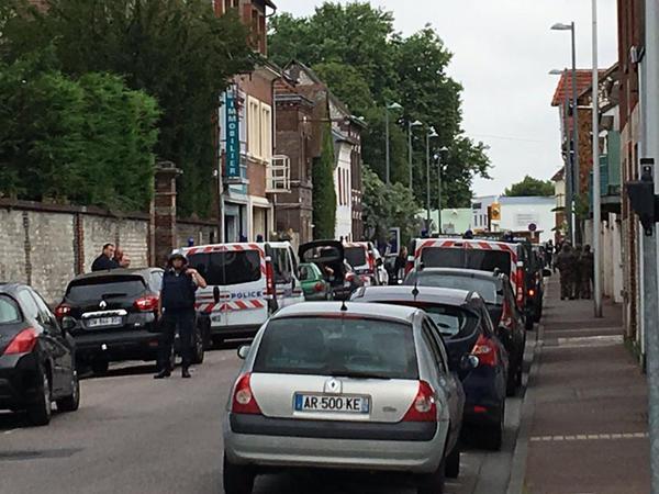 Fransada girov götürənlər zərərsizləşdirildi, ölən var - YENİLƏNİB - FOTO
