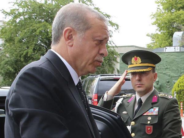 Türkiyə prezidentinin baş yavəri vəzifəsi ləğv edildi