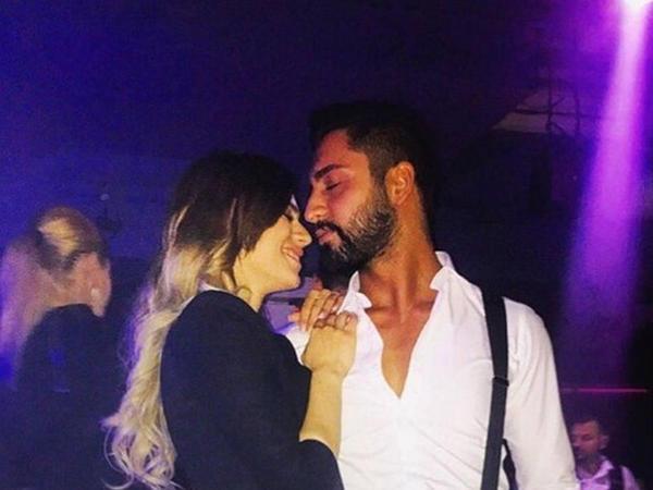 """Rəqsanənin qızı ayrıldığı nişanlısına: """"Nədir bu həngamə?"""" - FOTO"""