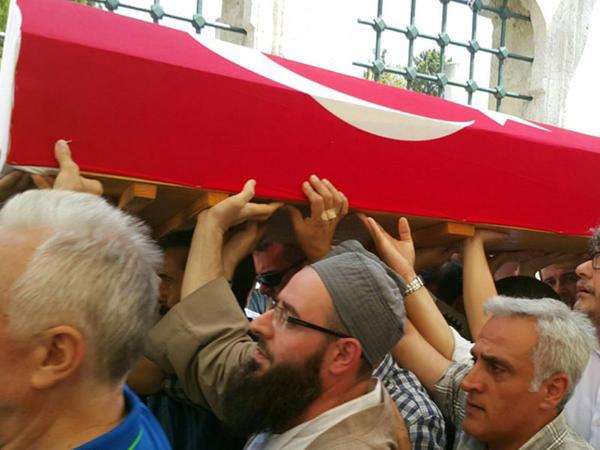 Məşhur türki tarixçi İstanbulda dəfn edildi - FOTO